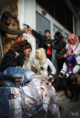 High School of the Dead Group cosplay