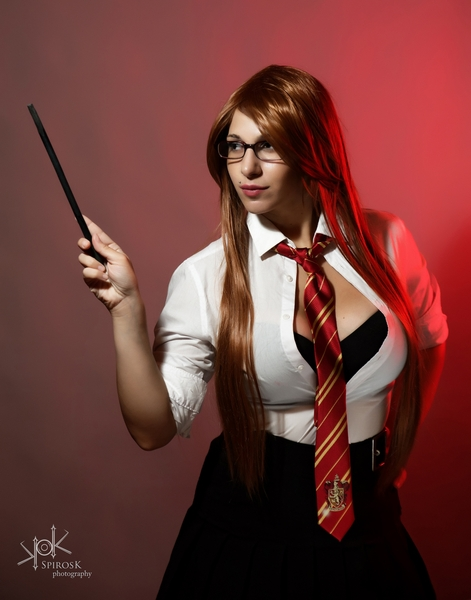 Sexy Harry Potter Students by Yvaine Dazzling, shot in 2018